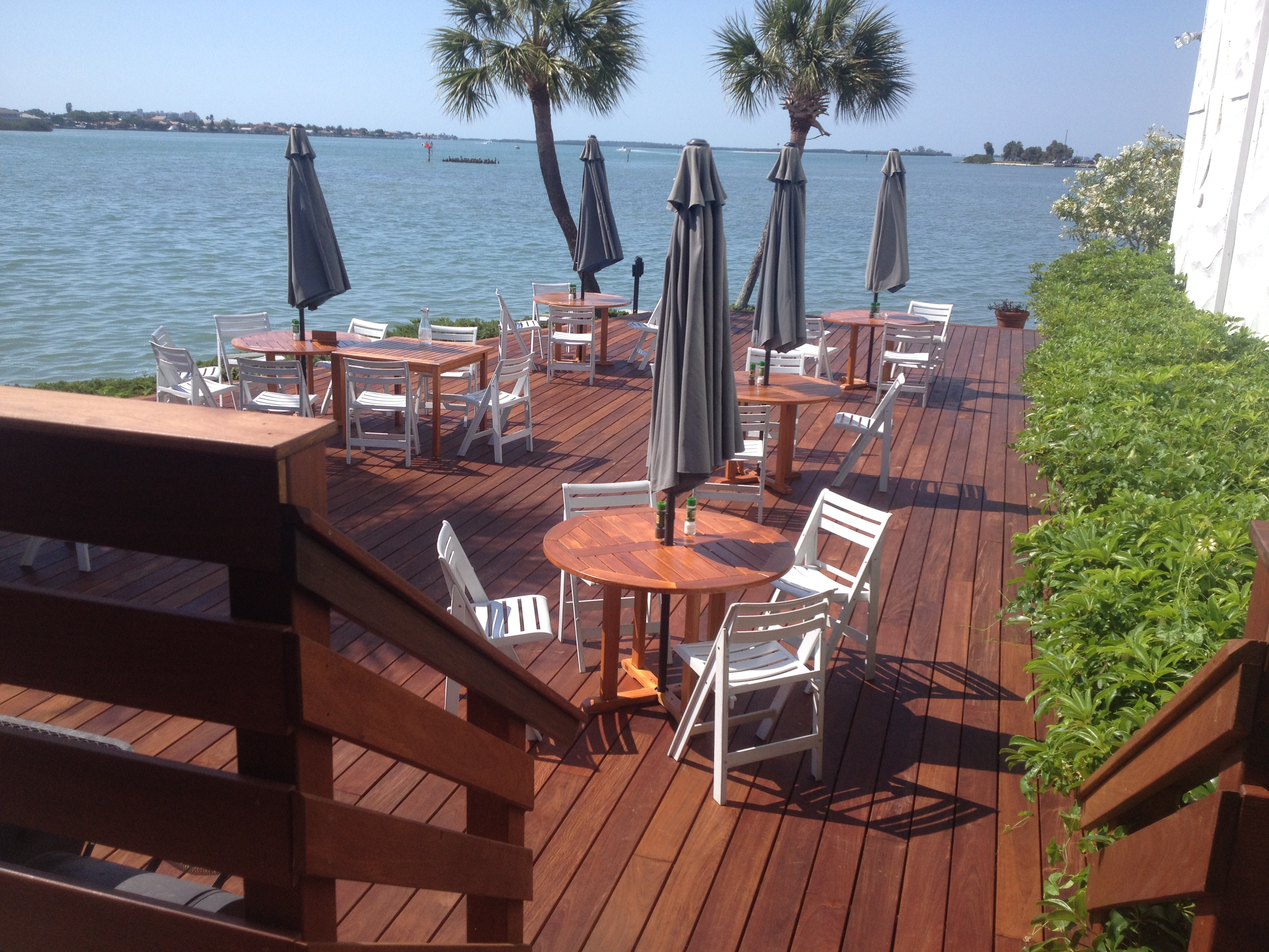 wood deck builder tampa